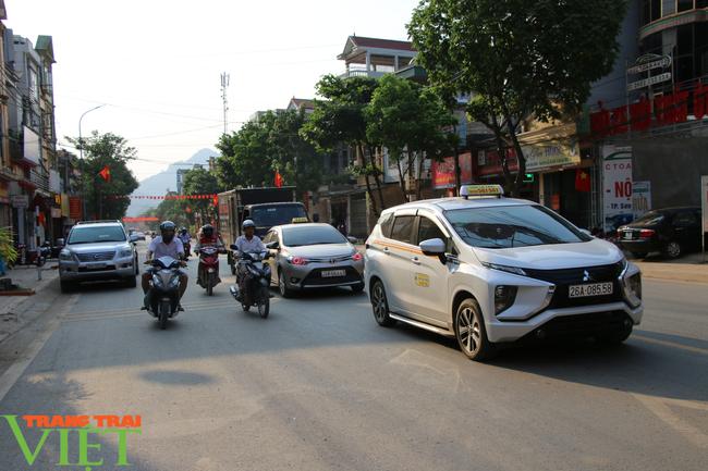 Thành phố Sơn La: Tạm  dừng các dịch vụ nhà hàng ăn uống, quán ăn sáng, quán cà phê - Ảnh 4.