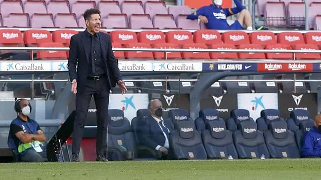 Simeone không còn quyền tự quyết cùng Atletico Madrid ở 3 vòng còn lại.