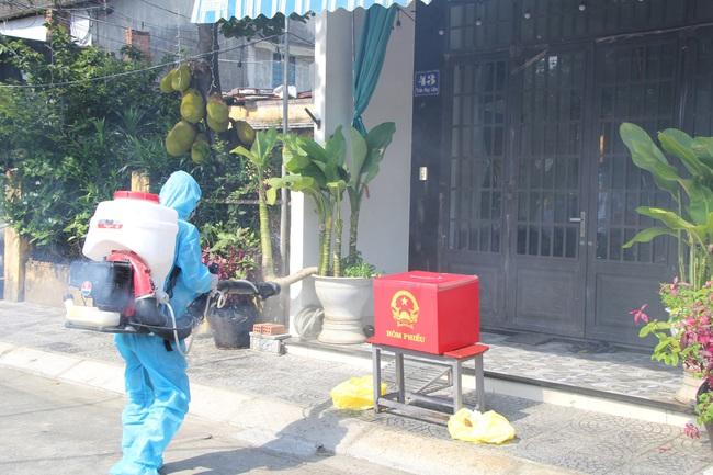 Nhiều ca mắc Covid-19 trong cộng đồng, Đà Nẵng diễn tập trước thềm bầu cử - Ảnh 3.