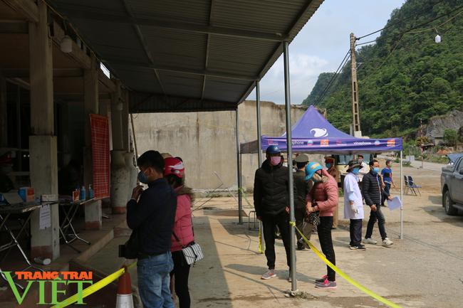 Sơn La: Tạm dừng hoạt động các cơ sở lưu trú khách du lịch, homestay, nhà nghỉ - Ảnh 7.