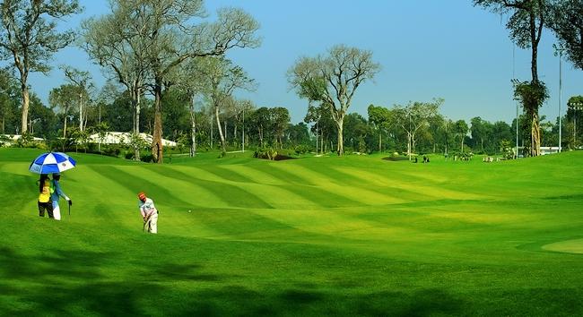 Nóng: Nhân viên sân golf nghi mắc Covid-19, Đồng Nai phong tỏa sân golf Long Thành - Ảnh 2.
