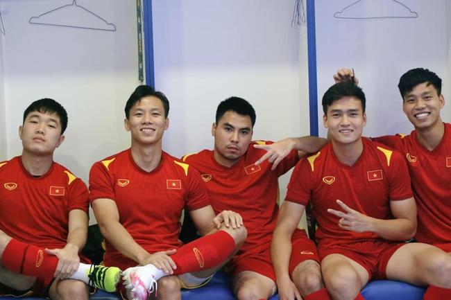 Quế Ngọc Hải, bầu Đức, 400 triệu đồng và quả penalty phá lưới Malaysia - Ảnh 6.