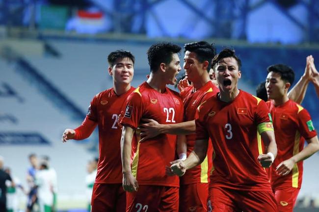 Quế Ngọc Hải, bầu Đức, 400 triệu đồng và quả penalty phá lưới Malaysia - Ảnh 1.