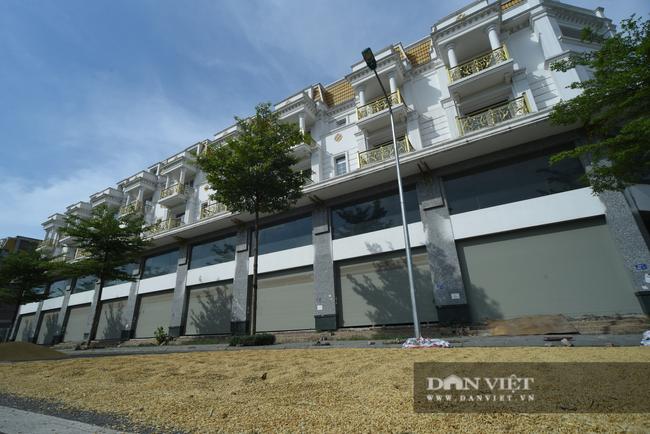 Shophouse giá chục tỷ đồng ở Hà Nội 'ế' khách thuê - Ảnh 3.