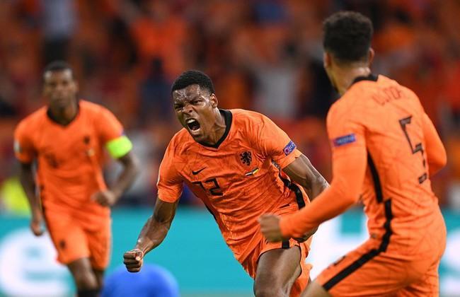 Hà Lan đã có 3 điểm đầu tay ở EURO 2020.