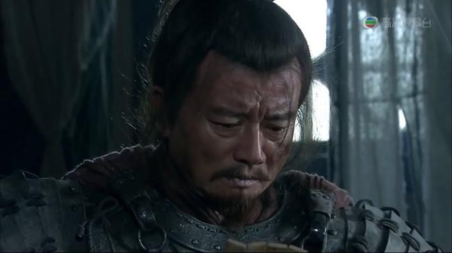 """Bị Lã Bố lật lọng cướp trắng Từ Châu, tại sao Lưu Bị lại lập tức đầu hàng, đi theo kẻ vừa """"cắn"""" mình? - Ảnh 2."""