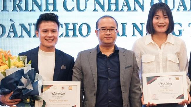 Học vấn của cầu thủ bóng đá Việt Nam: Người siêu cao thủ tiếng Anh, người cùng lúc học 2 trường Đại học - Ảnh 3.