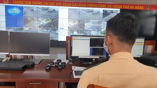 Đà Nẵng: Tự xưng CSGT yêu cầu người dân nộp phạt - Ảnh 1.