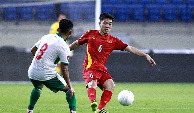Tuyến giữa ĐT Việt Nam đã chơi tệ thế nào trước UAE? - Ảnh 1.