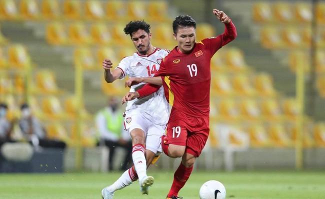 Tuyến giữa ĐT Việt Nam đã chơi tệ thế nào trước UAE? - Ảnh 2.