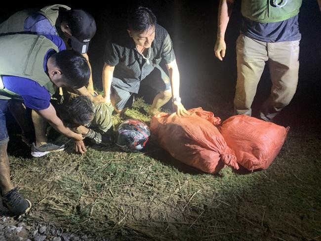Điện Biên: Phá chuyên án 215T bắt 2 đối tượng, thu giữ 24 Kg ma túy   - Ảnh 5.