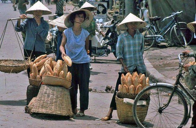 Kỳ thú ẩm thực vỉa hè ở Hà Nội năm 1991-1992 - Ảnh 10.