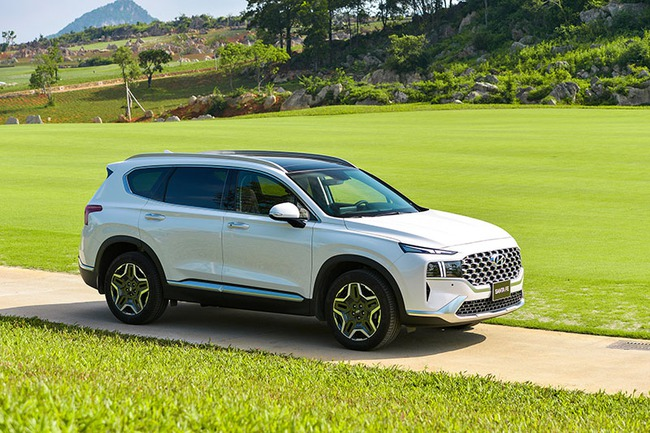 Vì sao người Việt chọn Hyundai Santa Fe 2021 thay vì Fortuner? - Ảnh 4.