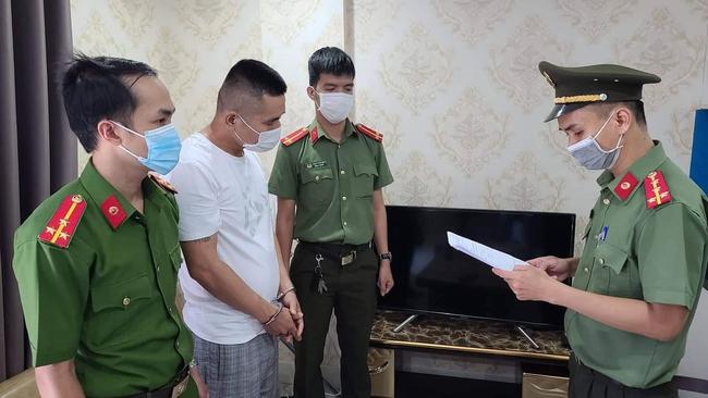 Đà Nẵng: Khởi tố, bắt tạm giam một người Trung Quốc ở lại Việt Nam trái phép - Ảnh 1.