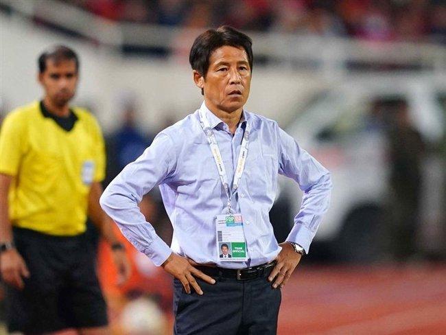 Bất ngờ với phán quyết về tương lai Nishino tại ĐT Thái Lan - Ảnh 2.