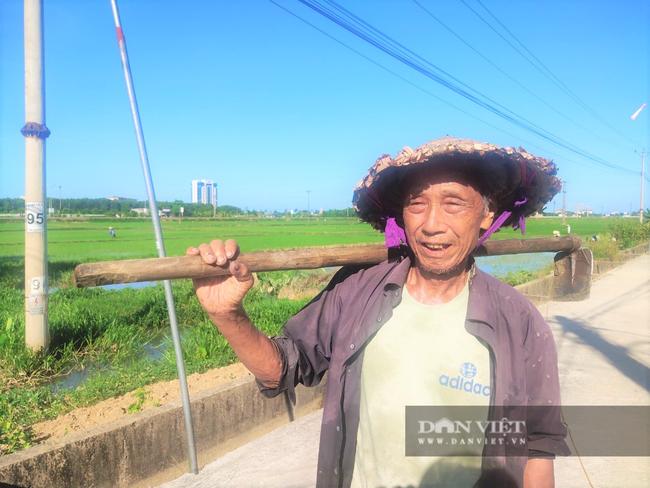 Clip - Ảnh: Nắng đỉnh điểm, nông dân Hà Tĩnh cực nhọc ra đồng làm việc - Ảnh 7.