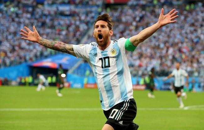 Messi mang danh hiệu về ĐTQG.