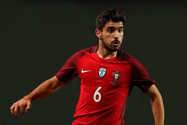 """4 cái tên """"số má"""" chưa được ra sân tại EURO 2020: Sao M.U, Chelsea góp mặt - Ảnh 4."""