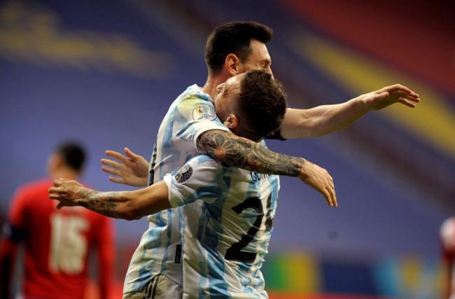 Messi tạo ra lịch sử trong ngày Argentina giành chiến thắng - Ảnh 2.