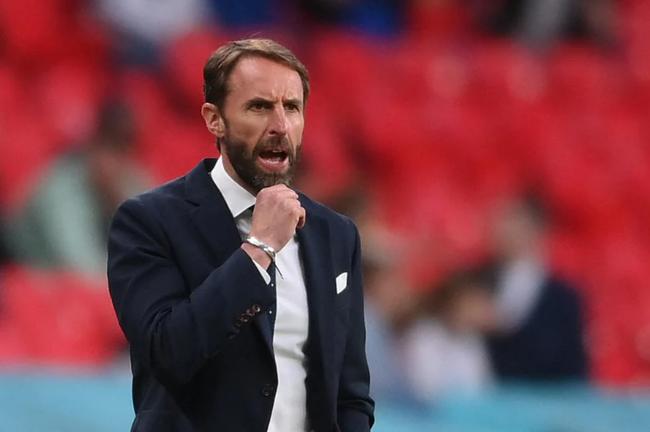 ĐT Anh giành ngôi đầu bảng sau khi đánh bại CH Czech.