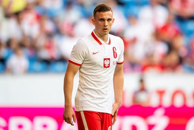 """Top 5 cầu thủ """"non choẹt"""" lần đầu hít thở bầu không khi EURO - Ảnh 5."""