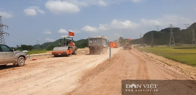 Hé lộ 2 tuyến cao tốc sẽ triển khai dự án thu phí không dừng - Ảnh 1.