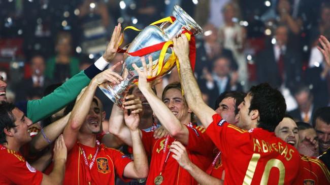 Ronaldo và top 5 cột mốc vô tiền khoáng hậu có thể bị xô đổ tại Euro 2020 - Ảnh 5.