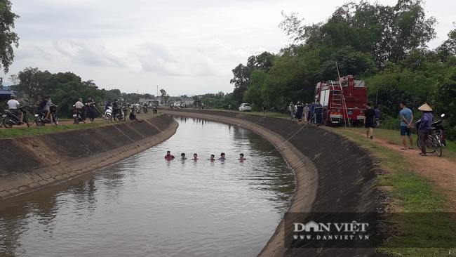 Thái Nguyên phát hiện thi thể người đàn ông dưới kênh và nhiều vật dụng cá nhân trên bờ - Ảnh 1.
