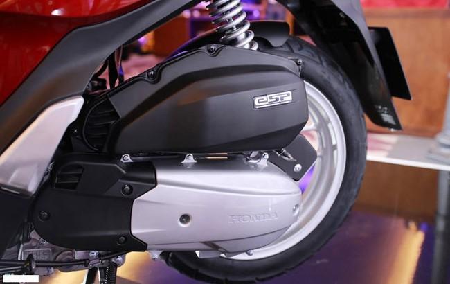 Bắt lỗi nhược điểm Honda SH: Xe sang chưa chắc đã hoàn hảo - Ảnh 4.