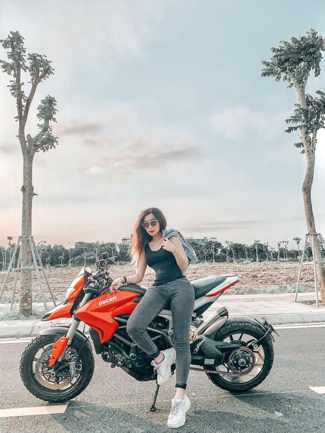 Hot girl mô tô phân khối lớn Phạm Ngọc Mai chia sẻ về hành trình khóc sau tay lái - Ảnh 6.