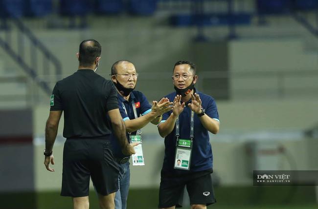 Quang Hải lập siêu phẩm đội tuyển Việt Nam thắng đậm Indonesia - Ảnh 9.