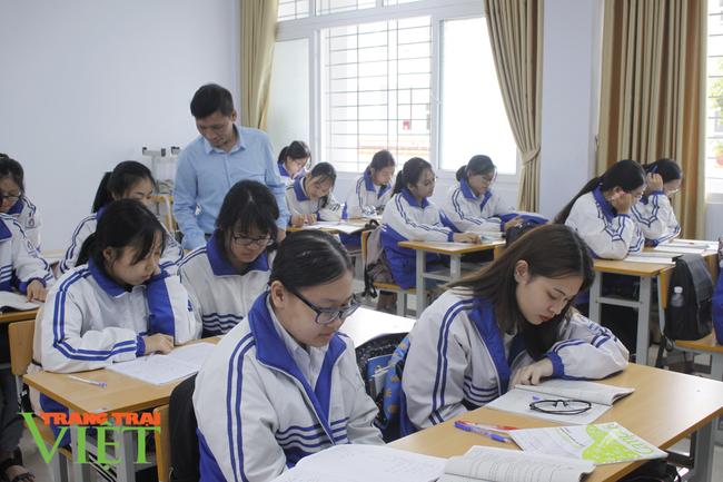 Lai Châu: Hơn 1900 thí sinh đăng ký dự thi vào lớp 10 - Ảnh 2.