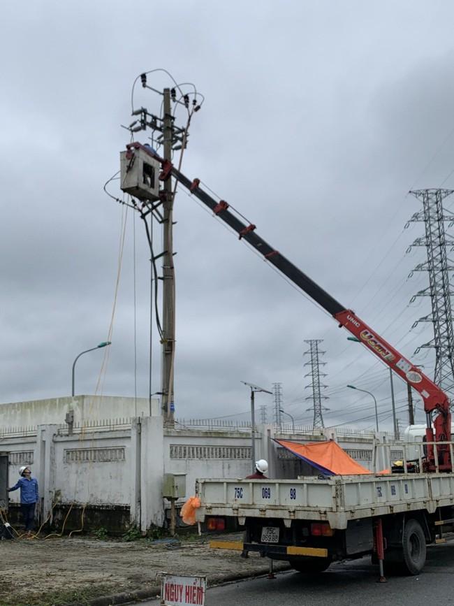 TT-Huế: Hỗ trợ giảm giá điện cho khách hàng khó khăn do do dịch Covid-19 hàng chục tỷ đồng  - Ảnh 1.