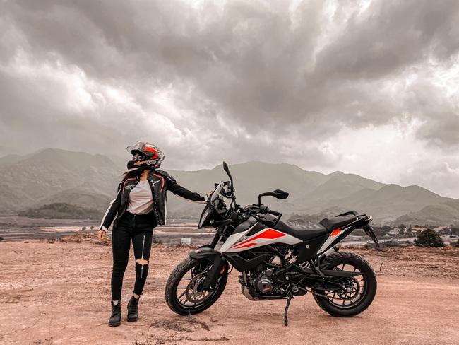 Hot girl mô tô phân khối lớn Phạm Ngọc Mai chia sẻ về hành trình khóc sau tay lái - Ảnh 3.
