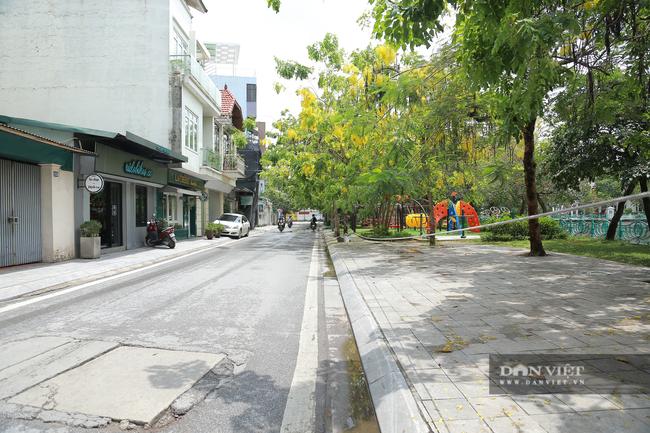Hà Nội: Hồ Tây vắng vẻ lạ thường sau quy định mới - Ảnh 1.