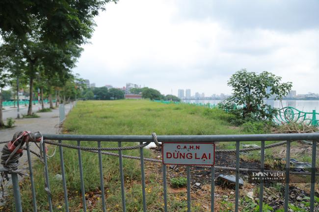 Hà Nội: Hồ Tây vắng vẻ lạ thường sau quy định mới - Ảnh 9.