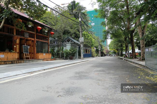 Hà Nội: Hồ Tây vắng vẻ lạ thường sau quy định mới - Ảnh 12.