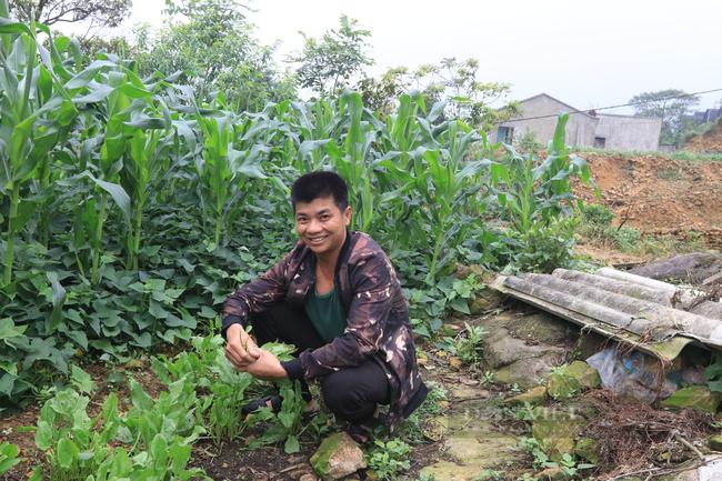 Chàng trai người Dao chăn cá trên núi phát triển cộng đồng - Ảnh 2.