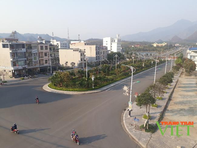 Lai Châu: Tăng cường quản lý chất lượng, an toàn lao động trong xây dựng - Ảnh 2.
