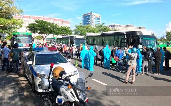 Quảng Ngãi: Tổ chức đón 400 người có hoàn cảnh khó khăn ở TP.Hồ Chí Minh về quê  - Ảnh 3.