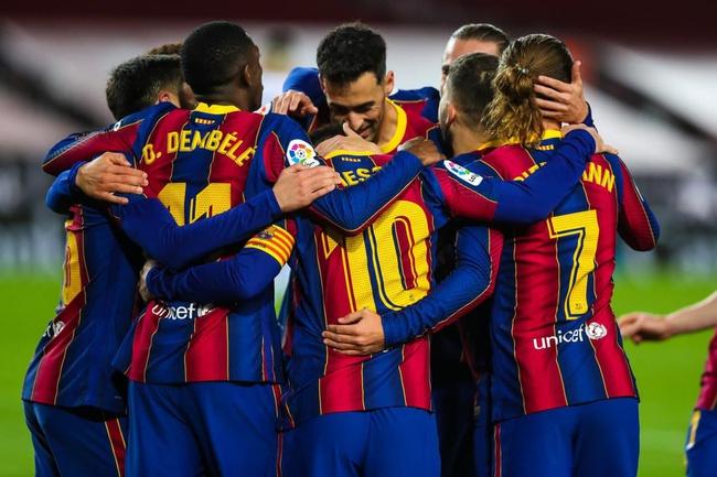 Barca vẫn gặp nhiều khó khăn về tài chính.