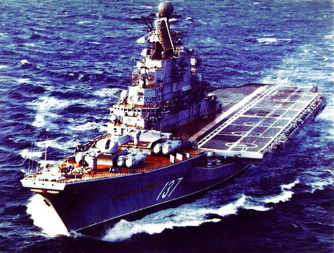 Tại sao Nga chưa bao giờ trở thành siêu cường tàu sân bay? - Ảnh 1.