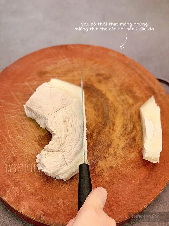 Tự làm món bánh tráng cuốn thịt lợn 2 đầu da tại nhà - Ảnh 8.