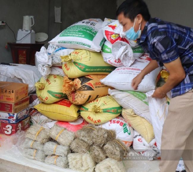 Hội Nông dân Bắc Giang ủng hộ lương thực thực phẩm cho TP Hồ Chí Minh chống dịch - Ảnh 1.