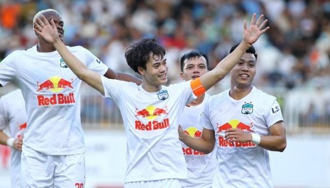 Hàng loạt CLB đề xuất trao chức vô địch V.League 2021 cho HAGL - Ảnh 1.