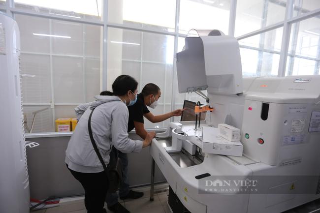 Đà Nẵng triển khai tiêm vaccine Covid-19 cho người bị bệnh mãn tính - Ảnh 2.