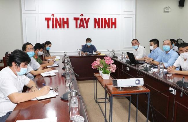 TTC IZ bàn giao khuôn viên Nhà xưởng tại KCN Thành Thành Công để thành lập Bệnh viện dã chiến số 01  - Ảnh 1.