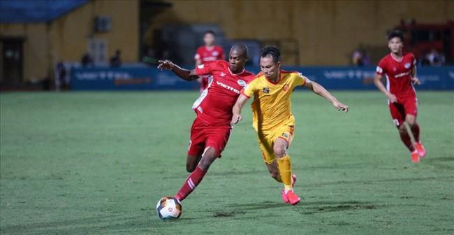 Chuyện nghịch lý giữa U23 Việt Nam và V.League 2021 - Ảnh 1.