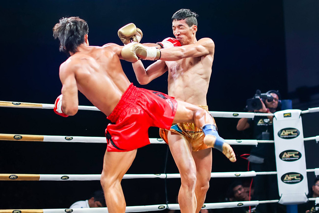 Nguyễn Trần Duy Nhất và 2 trận thắng tại Asia Fighting Championship: Hạ bệ võ thuật Trung Quốc - Ảnh 2.