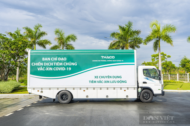 Ngỡ ngàng với dòng xe vận chuyển, tiêm vaccine lưu động của tỷ phú Trần Bá Dương - Ảnh 1.